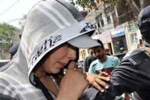 محاکمه سوپر مدل زیبای پاکستانی جنجالی شد (عکس)