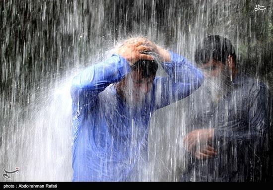 آشنایی با آبشار گنج نامه با ۱۲ متر ارتفاع