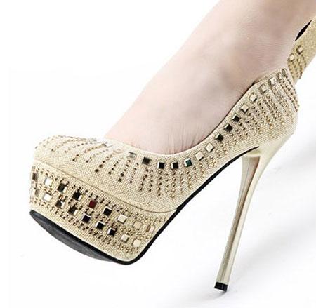 جدیدترین و شیک ترین کفش مجلسی پاشنه دار 2015