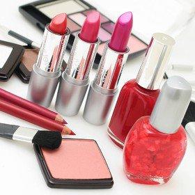 تولید برندهای خارجی لوازم آرایش تقلبی در ایران!