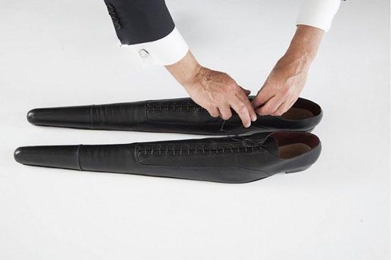 کفش های دراز برای کم کردن سرعت و درک بهتر محیط در اطراف
