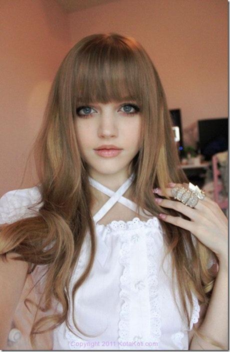 زیباترین دختر جهان معروف به باربی