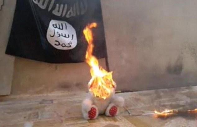کودکان بی گناه داعشی این گونه وحشی میشوند