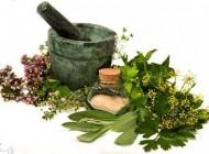 ازبین بردن لکهای پوستی با استفاده از گیاهان دارویی