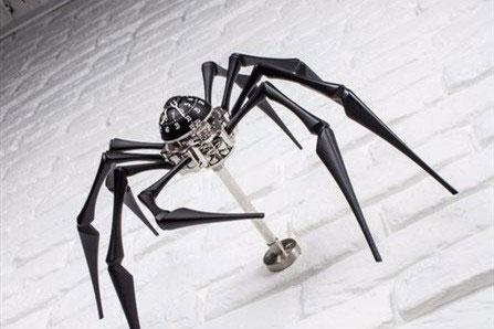 ساعت عنکبوتی منحصر به فرد دو کمپانی سوئیسی