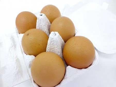 تولید تخم مرغ عجیب با طعم آب میوه