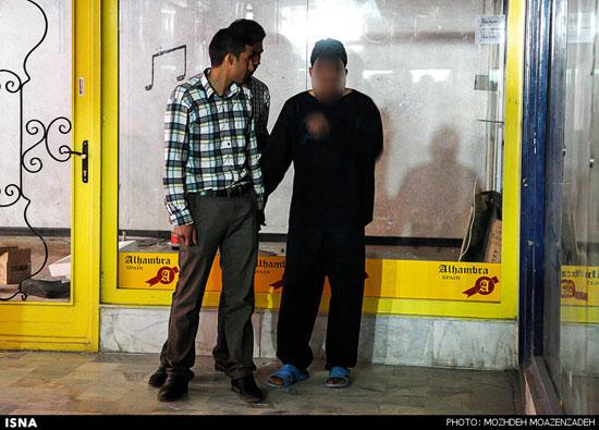 تصاویر بازسازی صحنه قتل پاساژ ولیعصر