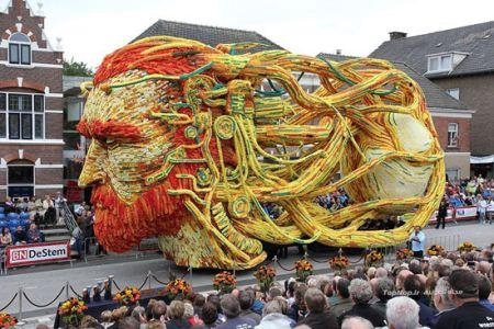 جشنواره بسیار زیبای گل و گیاه هلند