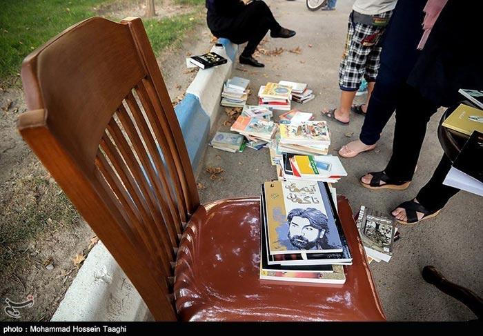 تصاویر جالب از کار فرهنگی جالب یک جوان در مشهد