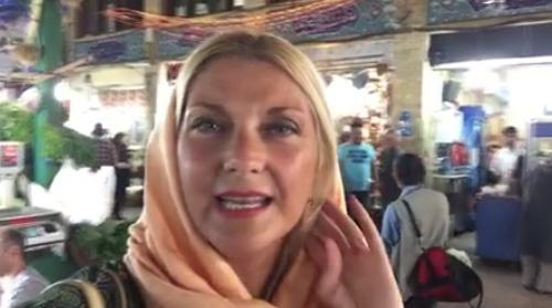 خبرنگار زیبای ایتالیایی ویدیوئی تهیه کرده که در آن از ایران دفاع می کند