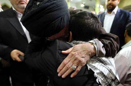 تصاویری از دیدار صمیمانه رهبر انقلاب امام خامنه ای با جانبازان