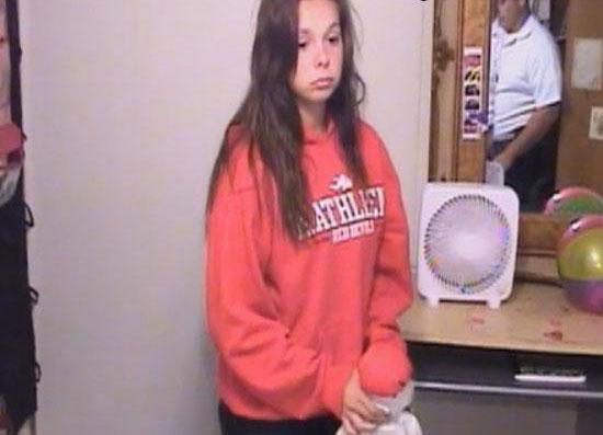 دختر 14 ساله ای که بعد از وضع حمل پنهانی نوزادش را کشت