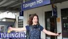 دختر 23 ساله در قطار عمرش را گذرانده