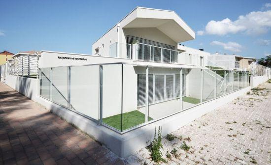 دکوراسیون لوکس و شیک خونه باغ با تم سفید