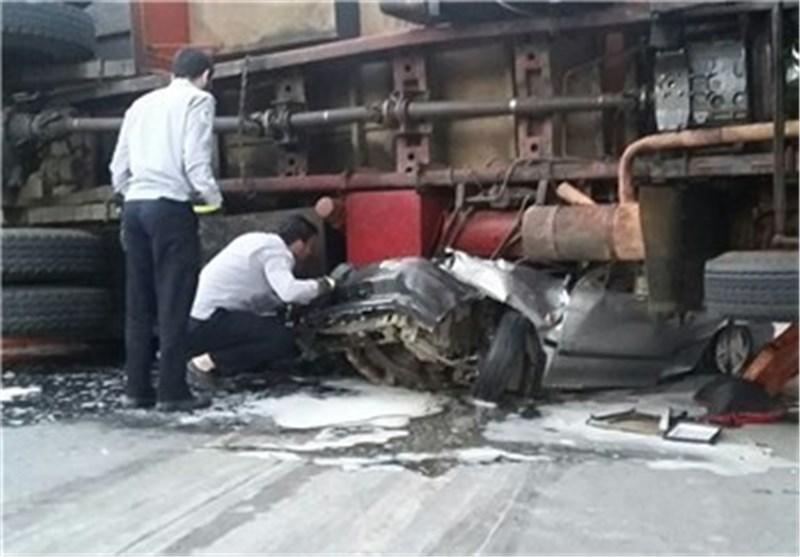 تصاویر +18 عبور مرگبار کامیون از روی پراید