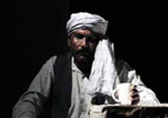 مرگ بازیگر تئاتر هنگام اجرای نمایش در نقش شمر + عکس