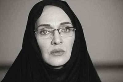 سانسور تصویر پلیس زن آرایش کرده در تلویزیون + عکس