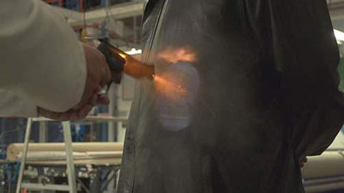 نازک ترین لباس ضد گلوله دنیا ساخته شد