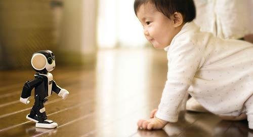 موبایلی که راه میرود و حرف میزند + عکس