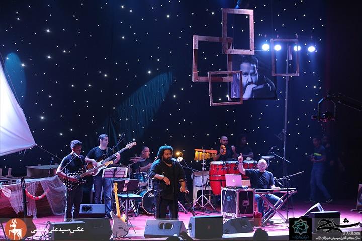 تصاویر کنسرت جذاب رضا صادقی در زادگاهش