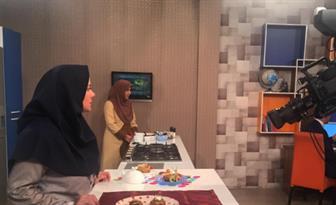 خانم مجری معروف از برنامه های صدا و سیما اخراج شد   عکس