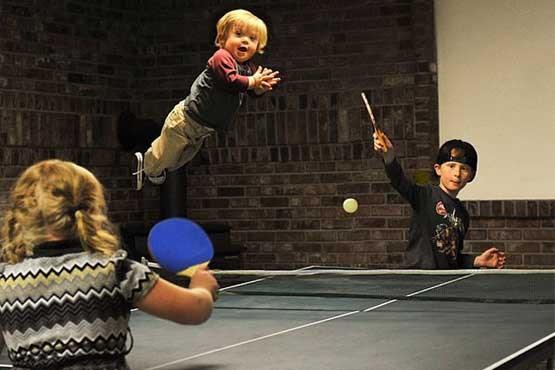 پسر بچه سندروم داونی که میتواند پرواز کند + تصاویر
