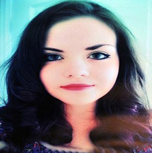 مرگ دختر 18 ساله بر اثر اشتباه پزشکی + عکس
