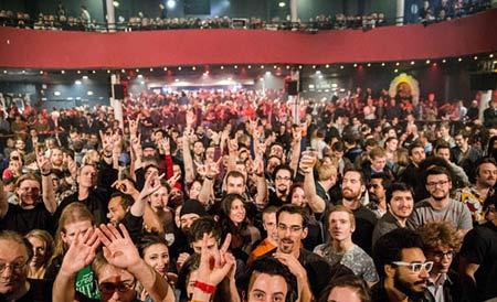 تصاویر کنسرت پاریس لحظاتی قبل از حمله داعش