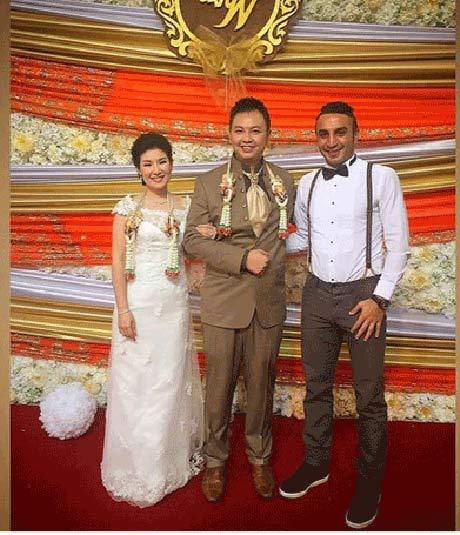 فوتبالیست معروف ایرانی در جشن عروسی تایلندی ها + عکس