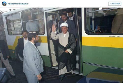 آیت الله هاشمی در اتوبوس واحد + عکس