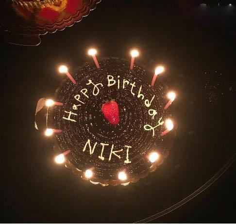 جشن تولد 44 سالگی نیکی کریمی + عکس