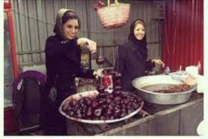 لبو فروشی دختران در نمایشگاه مطبوعات! +عکس