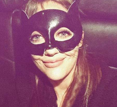 تیپ جالب مریم اوزرلی در مراسم هالووین