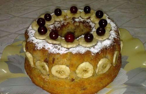 طرز تهیه کیک مجلسی و آسان موز و گردو