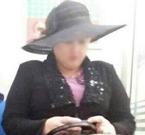 حجاب عجیب یک زن در مترو + عکس