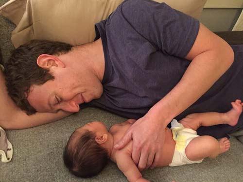 جدیدترین عکس مارک زاکربرگ صاحب فیس بوک و دخترش
