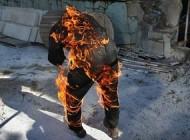 خودسوزی ناکام مرد سی ساله مقابل نهاد ریاست جمهوری+عکس