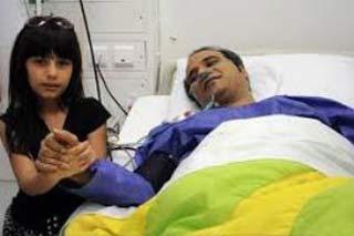 شهرام شکوهی در کنار دخترش پس از عمل قلب+عکس