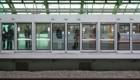 جلوگیری از خودکشی در مترو + عکس