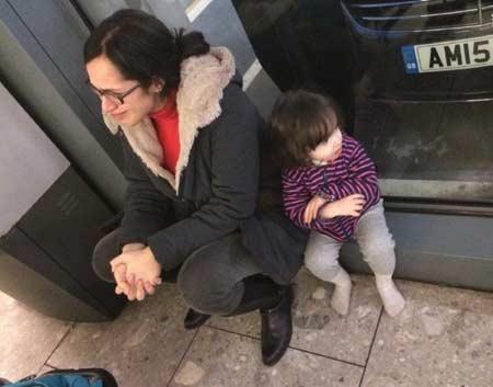 گریه خبرنگار زن BBC بخاطر ویزای آمریکا +عکس