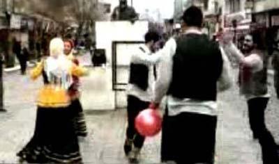 دستگیری دختر و پسری که در رشت رقص خیابانی کردند +عکس