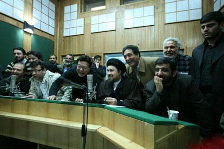 عکس دیده نشده از سید حسن خمینی در حال دوبله