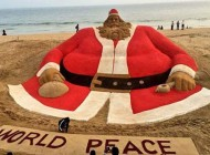 بزرگترین بابانوئل دنیا را ببینید + عکس
