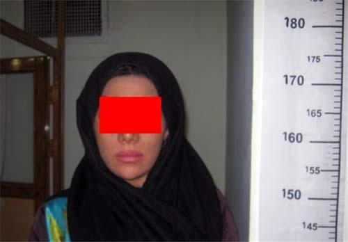 دستگیری آتنا و یاسمن بخاطر زورگیری +عکس