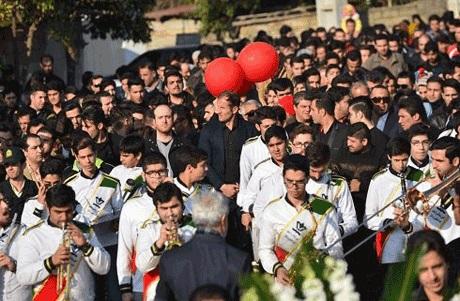 اتفاقی عجیب هنگام رونمایی از مقبره هادی نوروزی +عکس