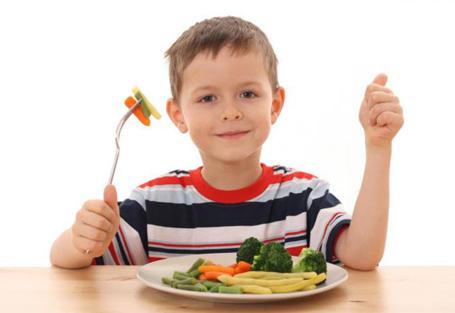 غذاهایی که هوش و تمرکز بچه ها را بالا میبرد
