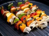 کباب سبزیجات یونانی خوشمزه مخصوص گیاهخواران