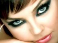 جدیدترین عکس بدون آرایش ابرو گوندش در 41 سالگی