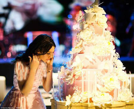 ماجرای جالب منحصر به فرد ترین جشن تولد دنیا برای دختر 15 ساله + تصاویر