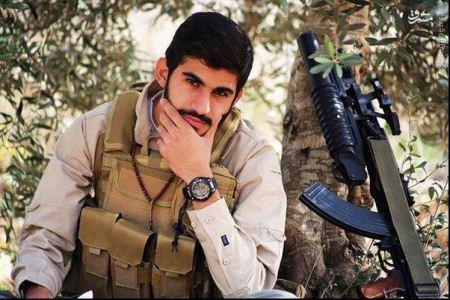 سرباز پولداری که ماشین زیر پایش بی ام دبلیو است + تصاویر